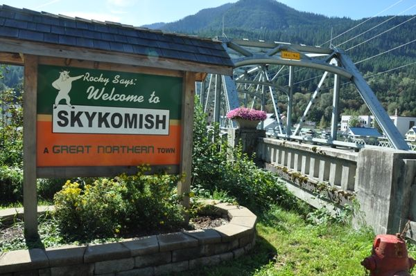 skykomish dating Limited fires (depending on date of reservation) haul out your own trash (bring  trash  outdoor adventure center in the news skykomish river washington.