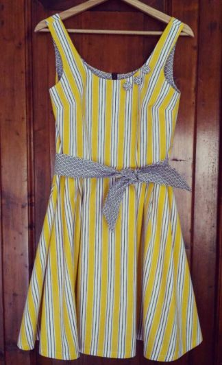 Simona's Lilou dress - sewing pattern in Love at First Stitch 💛
