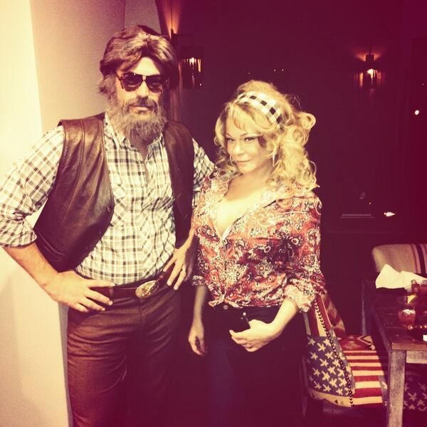 Troy and I could so pull this off.....Kenny and Dolly!!!