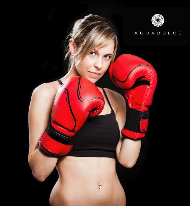 El Kickboxing además de ser una actividad única, te permite endurecer los músculos. ¿Ya lo intentaste?