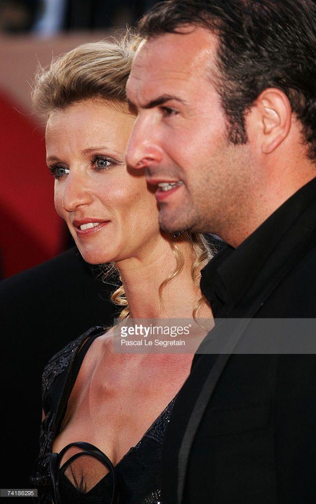 Photo d'actualité : Alexandra Lamy and Jean Dujardin attend the...