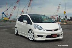 Honda Fit, type R look alike www.normreeveshondairvine.com