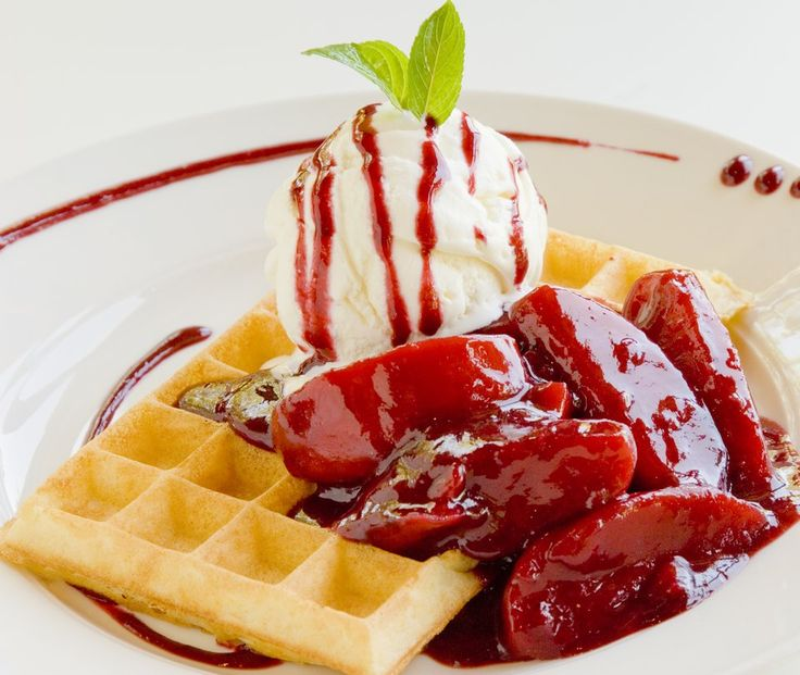 Apple and Berry Waffle at the Waffle House