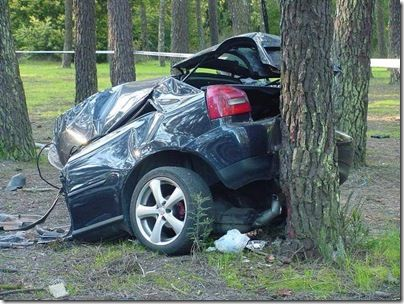 Auto Insurance Can't Save Your Life   http://www.4autoinsurancequote.com/uncategorized/speed-kills-auto-insurance-cant-save-your-life/