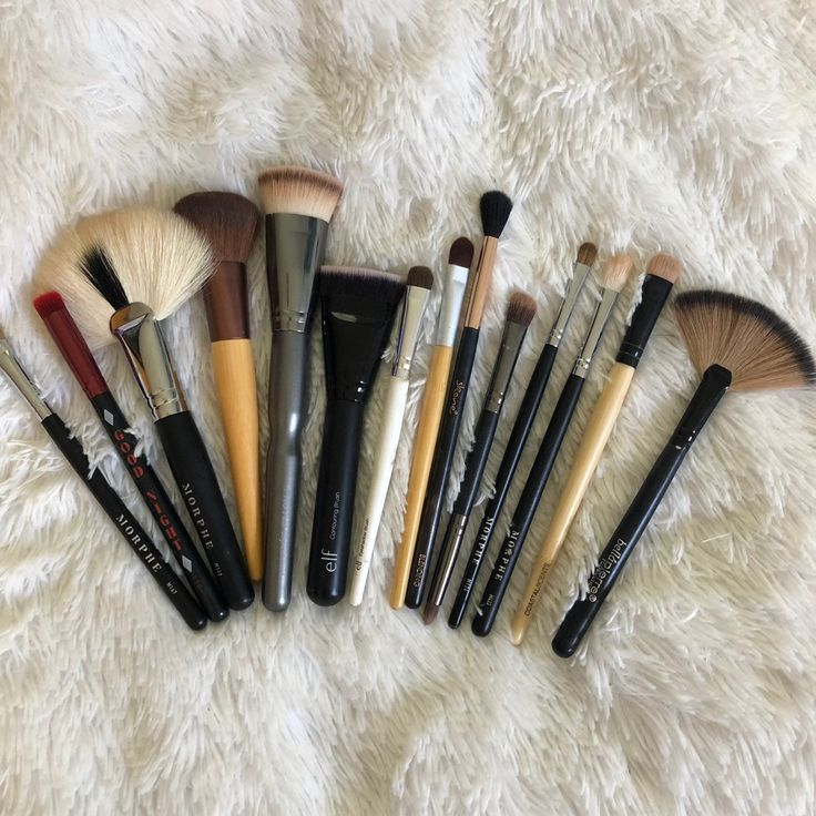 Used makeup brushes! Includes lots of morphe brushes! All