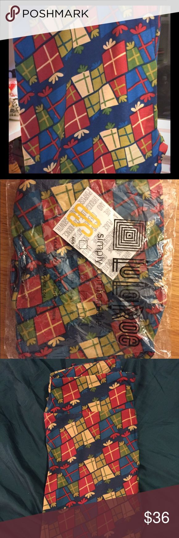 OS Brand New LulaRoe Christmas Holiday Leggings These leggings have never even been tried on...I'll mail them to you with the original bag and tag! I snatched them in a hunger games style Facebook sale, then found Christmas leggings I like better. OS fits sizes 2-12. Stretchy buttery soft Christmas leggings! LuLaRoe Pants Leggings