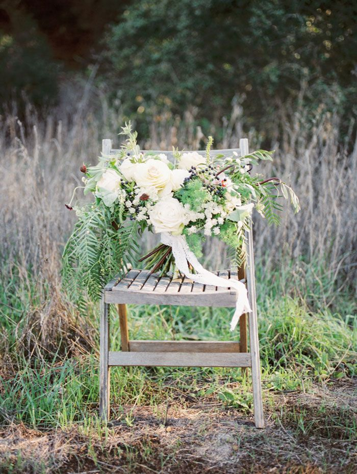 Natural wedding | organic wedding bouquet | herb bridal bouquet | Blooms by Breesa Lee | Kinfolk wedding | Whiskers and Willow Photography