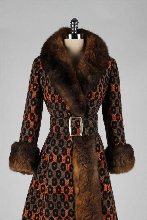 Vintage 1960's Optical Print Wool Rabbit Fur Trimmed Princess Coat image 2