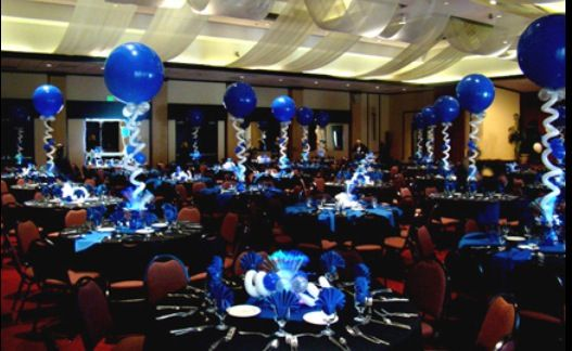 Lighted balloon centrepiece...they look neat.