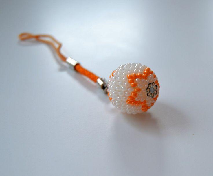 Oranžová hvězdička - přívěšek na klíče, batoh... – Potvor - pomáhat tvořit
