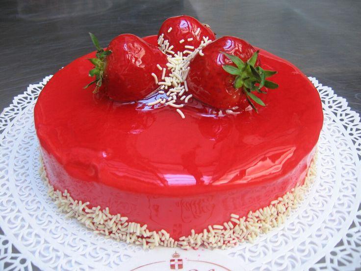 La cosa bella delle torte è che vanno condivise!