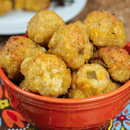 Green Chile and Cheese Sausage Poppers. I will have to make these with some of the NM chile's I have.