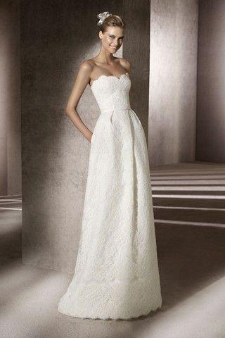 breathtaking.: Dama Dresses, Design Wedding Dresses, Dresses Wedding, Wedding Dressses, Lace Wedding Dresses, Bridesmaid Dresses, Simple Wedding, Lace Patterns, Lace Dresses