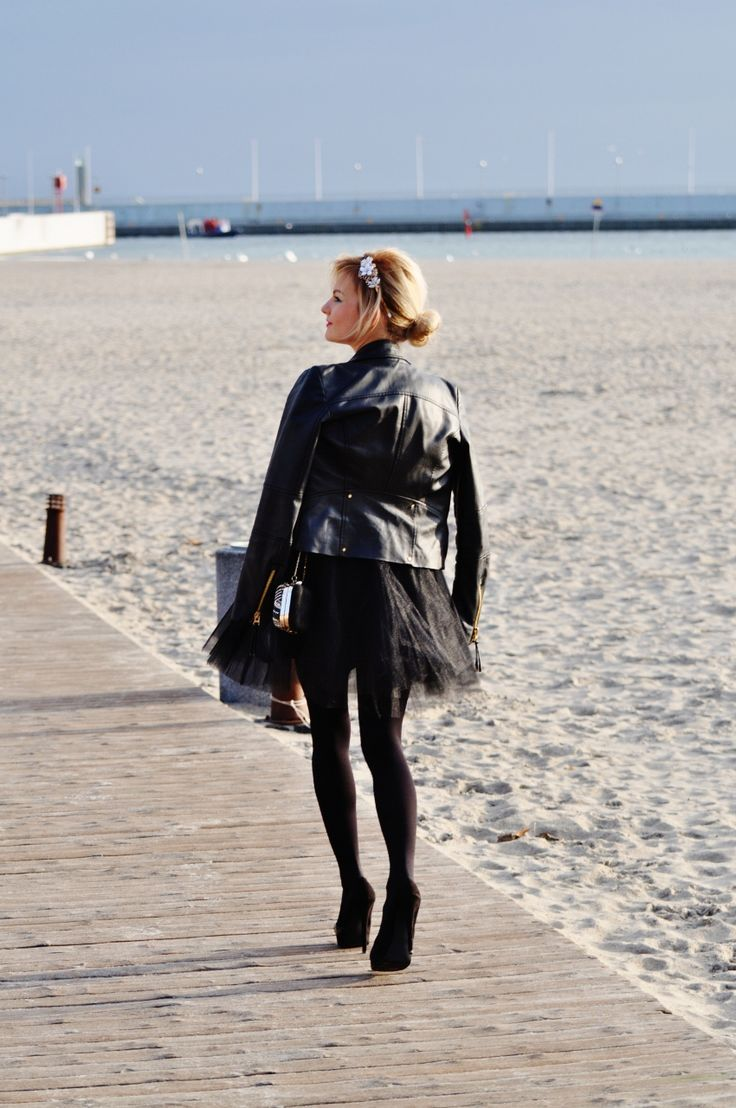 Moja stylizacja - rozkloszowana tiulówka za mniej niż milion dolarów - Fashionable - najpopularniejszy małżeński blog lifestylowy w Polsce - blog lifestylowy - blog modowy - blog urodowy - fashion blog - blog ślubny - blog trójmiejski - blog małżeński - blog roku - blog kulinarny - blog podróżniczy