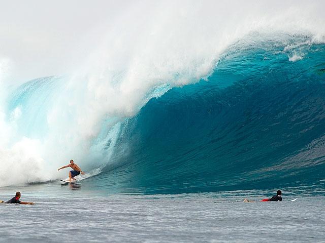 Mick Fanning surfing the biggest Cloudbreak ever seen.  Tavarua, Fiji.