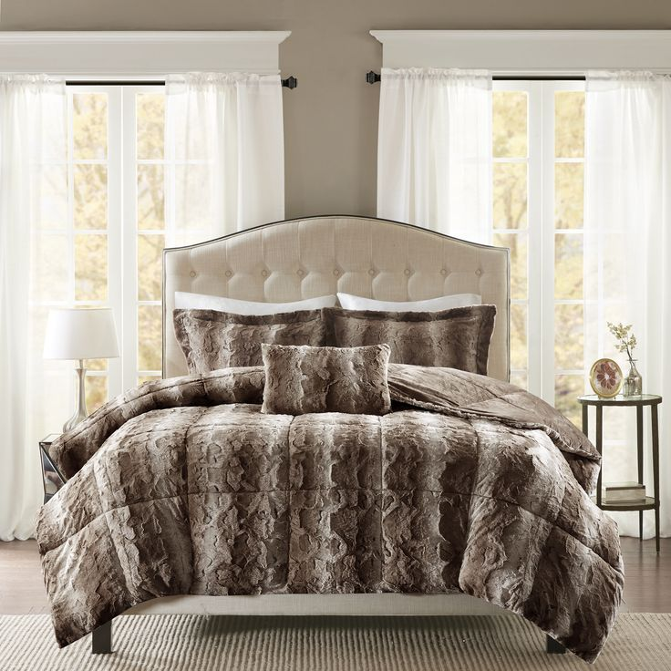 Buy black grey cream comforter from Overstock.com for everyday discount prices! Get everyday free shipping over $50*. Read some product reviews as well!
