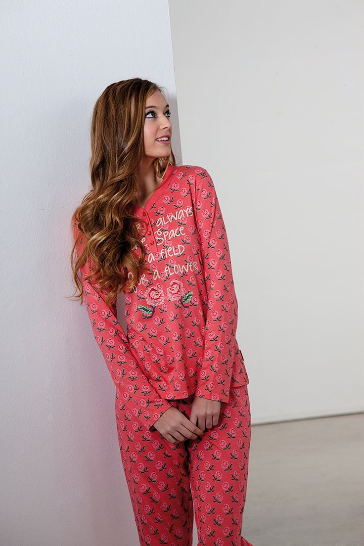 #roses #pink #pijama #winter #señoretta #autumn #soft #invierno #rosas #rosa #flowers #flores