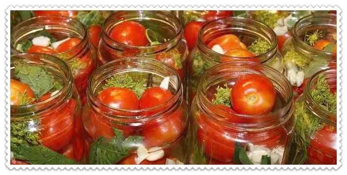 #помидорысчесноком_назиму Подробные рецепты помидоров с чесноком на зиму Пальчики оближешь. Пикантные томаты. С хреном. Сладкие. Перекрученные через мясорубку. На любой вкус и для любой хозяйки