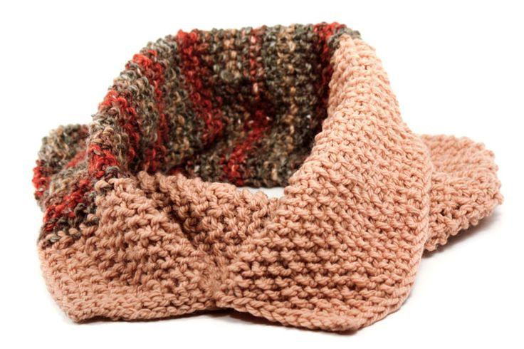 Usa los cuellos con la ropa que quieras. Quedan con todo atuendo. http://latiendademaga.com/index.php/tejidos