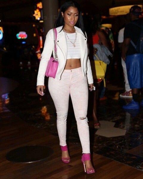 Nicki minaj cute outfit queen nicki minaj pinterest for Kommode 60 x 80
