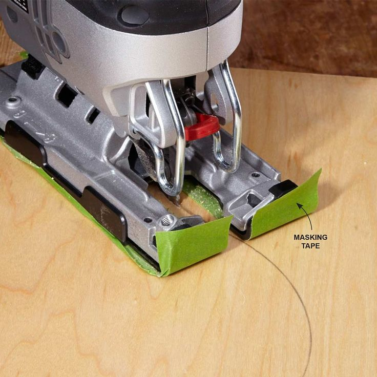 how to cut with a guide with a jigsaw straight