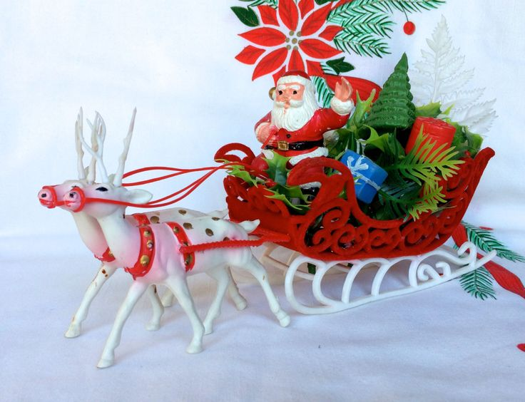 Vintage christmas santa claus and sleigh plastic xmas for Antique sled christmas decoration