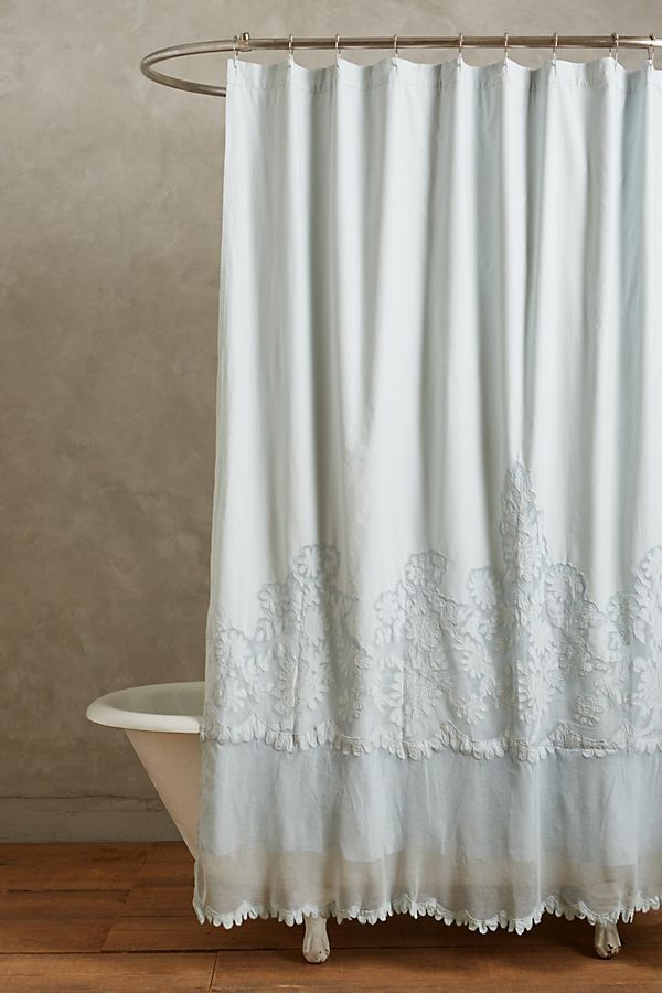 9 Shower Curtain Ideas To Maximize A Small Bathroom In 2020 Boho
