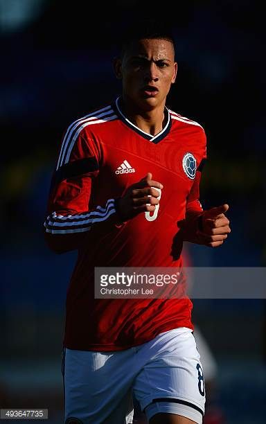 Alexis Zapata of Colombia in action during the Toulon Tournament Group B match between Brazil and Colombia at the Stade Perruc on May 24 2014 in...