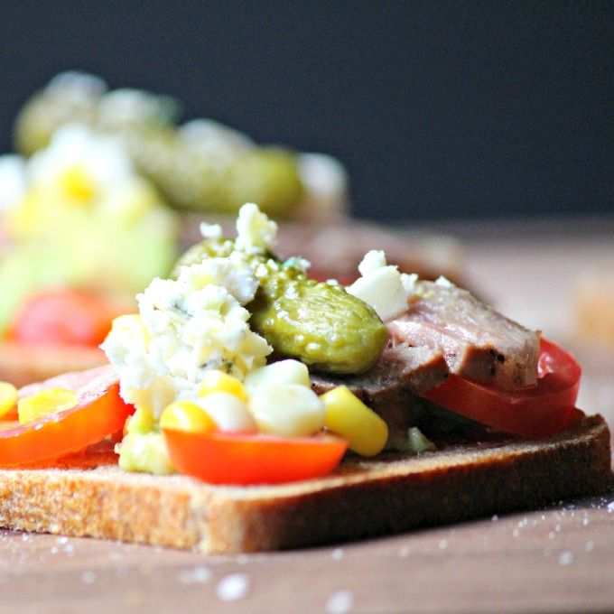 Grilled Sirloin Steak with Tomato Corn Avocado Appetizer #SundaySupper #GrillTalk