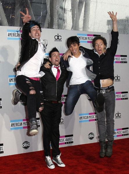 Marianas Trench @mtrench #TrenchIsTheBest