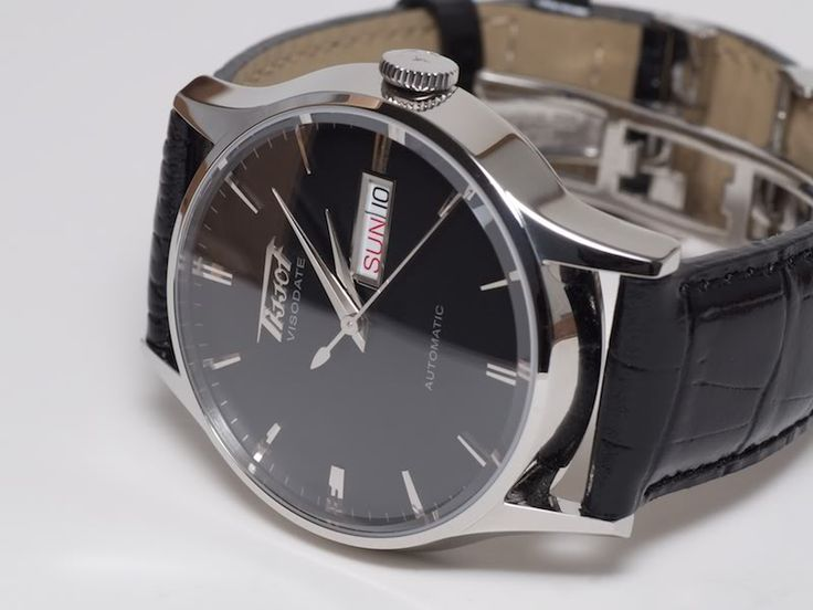 Black Dial Tissot Visodate.... Nice little watch but you could tell it was on the lower end. Gave to my dad!