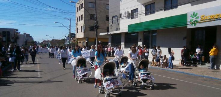Bandas ganham destaque no desfile da Pátria em Vacaria - Fátima