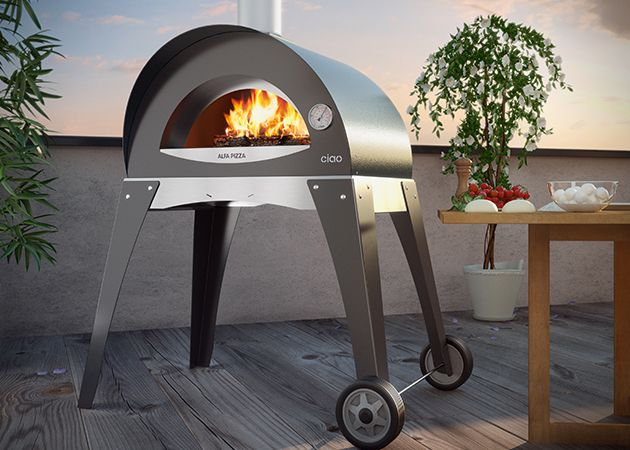 Wood Burning Pizza Oven for the Backyard