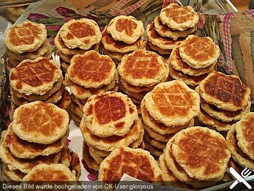 Marzipan - Amaretto - Waffelkekse, ein schmackhaftes Rezept aus der Kategorie Kekse & Plätzchen. Bewertungen: 9. Durchschnitt: Ø 3,6.