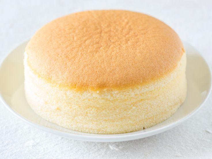 Dieser japanische Käsekuchen zergeht geradezu auf der Zunge, ähnlich wie Zuckerwatte. Er besteht aus nur drei Zutaten - und wir haben das Rezept für Sie.
