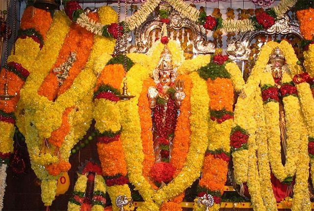 Vijayawada: Huge tree breaks at Kanakadurga temple premises - read complete story click here.... http://www.thehansindia.com/posts/index/2014-08-01/Vijayawada-Huge-tree-breaks-at-Kanakadurga-temple-premises-103704