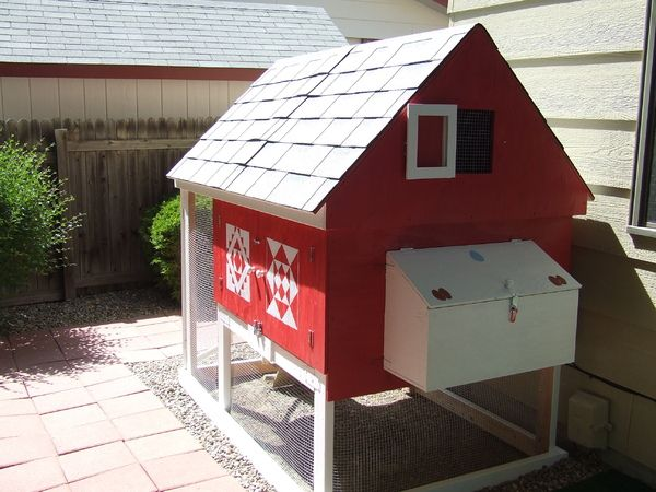 Chicken coop this diy project includes plans and step by for Small chicken coop blueprints free