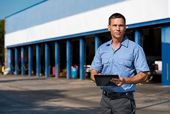 Auto Repair Phoenix – Brake Repair in Casa Grande AZ #a #c #repair #phoenix http://delaware.nef2.com/auto-repair-phoenix-brake-repair-in-casa-grande-az-a-c-repair-phoenix/  # WHY CHOOSE US? PHOENIX AUTO REPAIR SHOP Our Phoenix auto repair shop focuses on customer satisfaction. Our highly trained areas of expertise range from performing simple tune-ups to complicated auto repairs. Our services are designed to catch problems before they cause major damage to your vehicle. We understand that…
