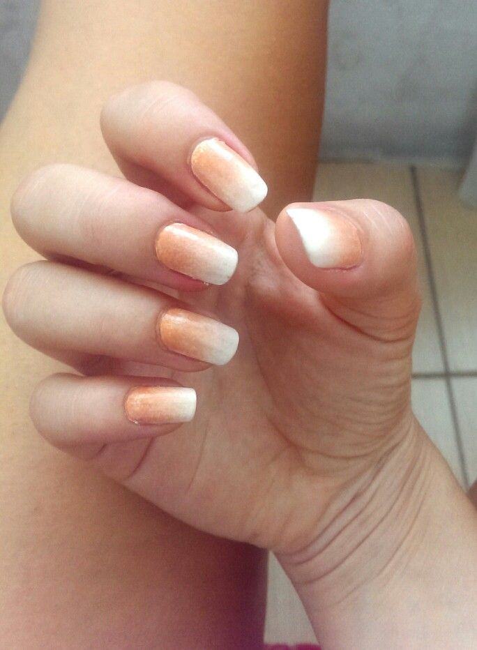 #natural #nails #simple #ombre #nude #white #loveit