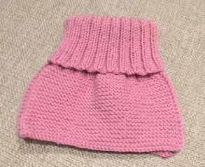 Idag har jeg strikket en kjappstrikket og enkel hals til barn som varmer veldig godt. Jeg er veld...