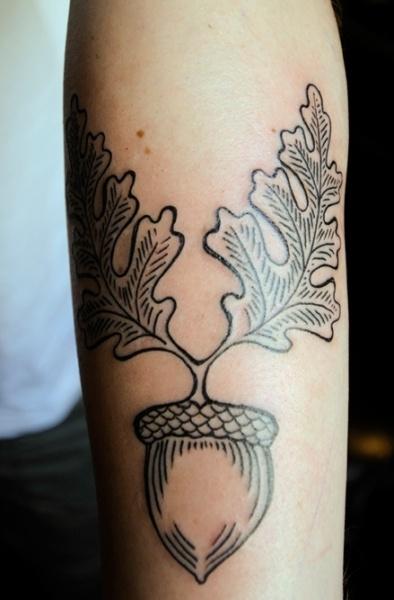 Acorn Arms Colouring In: Best 25+ Oak Leaf Tattoos Ideas On Pinterest