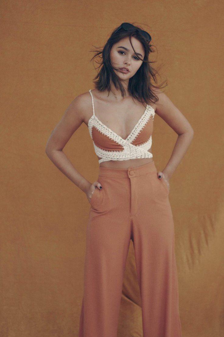 Campanha Preview Inverno 2017 Luisa Meirelles, inspirada no estilo da mulher francesa. A dona do 'Je ne sais quoi'.