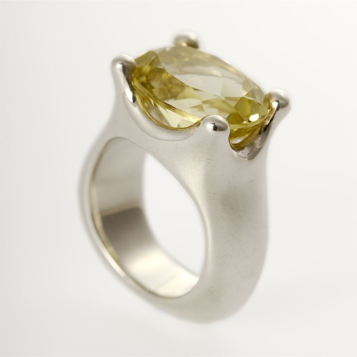 Splash Ring | Contemporary Rings by contemporary jewellery designer Goodman Morris