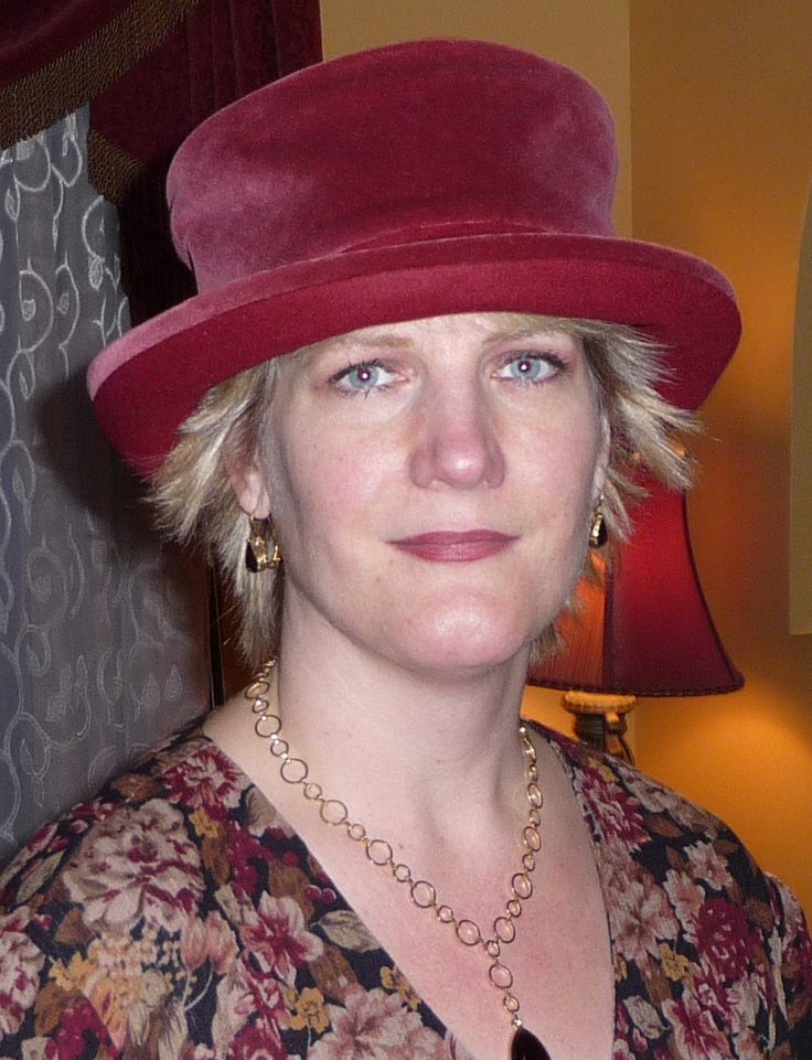 Burgundy version of one of my favourite Lillie & Cohoe hats