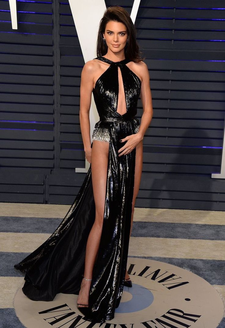 kendall jenner made a jaw dropping appearance in a