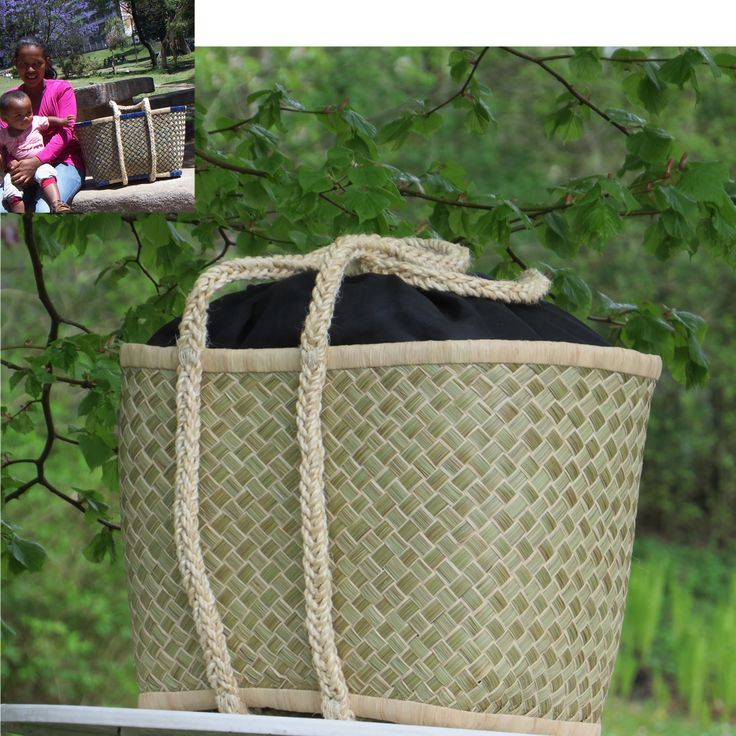 Basket handcrafted of mountain grass, beautiful and strong shoulder straps plaited of sisal. Close of cotton textile. Perfect for picnic, beach, shopping or as an everyday workbag. Made of a group of women on the Malagasy countryside, one of whom in the small picture inserted at the left top. Fair Trade – it's about sustainable development through women empowerment.
