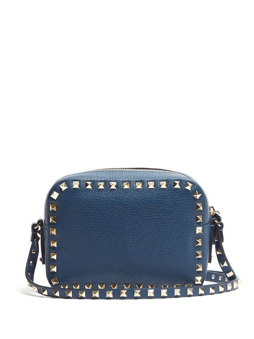 VALENTINO . #valentino #bags #shoulder bags #lining #suede #metallic #