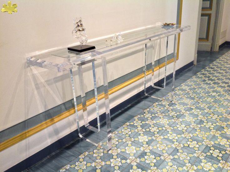 MODELLO M8 #consolle #trasparente #acrylic #consolle #plexiglass #desk  #home. Acrylic TableAcrylic FurnitureConsole ...