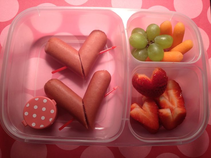 Honestly, we've never seen this done with hotdogs. For a healthier version, use grass-fed beef hotdogs (they are amazing). A cute Valentine's Day bento lunches idea for kids who like hot dogs.