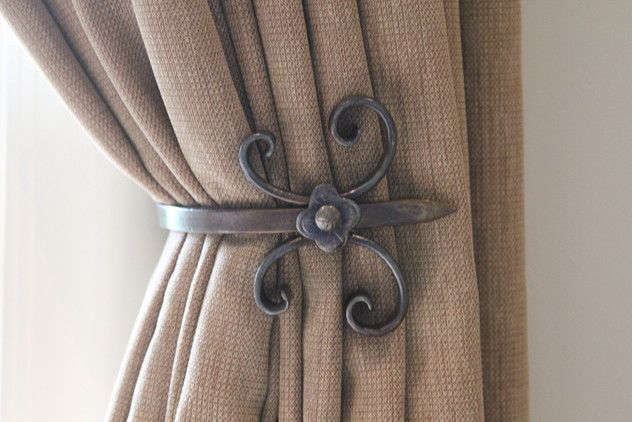 Curtain Tiebacks – check various designs and colors of Curtain Tiebacks on Pretty Home. Also checkInexpensive Curtains http://www.prettyhome.org/curtain-tiebacks/